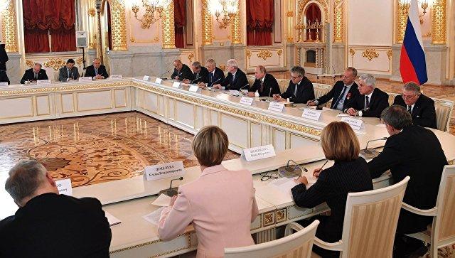 """Путин захотел узнать, как расходуются деньги на нацпроект """"Наука"""""""