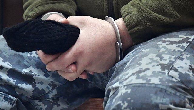 Трое задержанных украинских моряков попросили о втором звонке родным