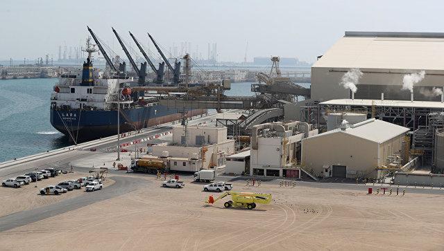 Катар изучает, нужно ли ему привлекать партнеров в расширение СПГ-мощностей