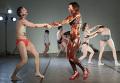 Открытая репетиция совместной постановки португальского хореографа Виктора Хьюго Понтеша и Liquid Theatre (Москва)