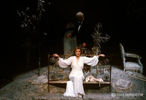 Спектакль Вишневый сад на сцене Мосоавского театра на Таганге
