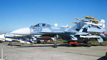 Корабельный истребитель Су-33. Архивное фото