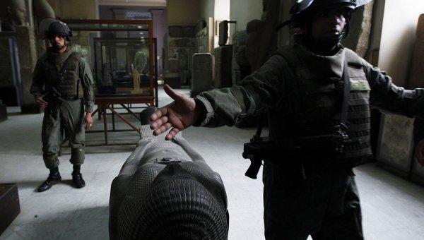 Солдаты армии Египта в Каирском музее