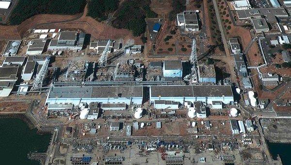 АЭС Фукусима, снимок спутника от 18 марта