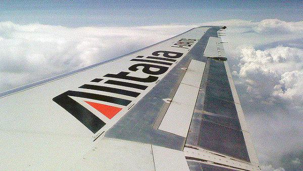 Cамолет компании Alitalia, архивное фото