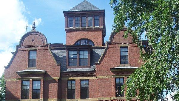 Первое место в рейтинге занимает Гарвардский университет