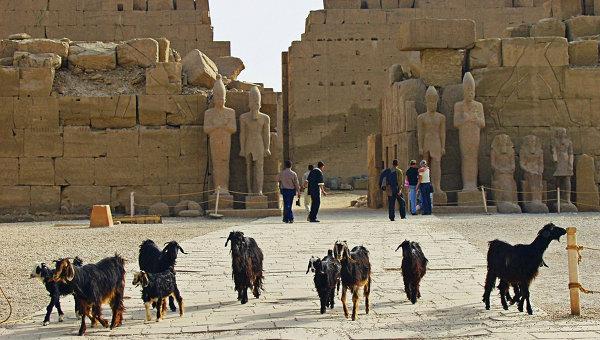Храмовый ансамбль в Луксоре (Египет)