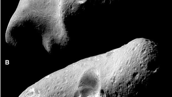 Астероид Эрос на снимках с зонда NEAR