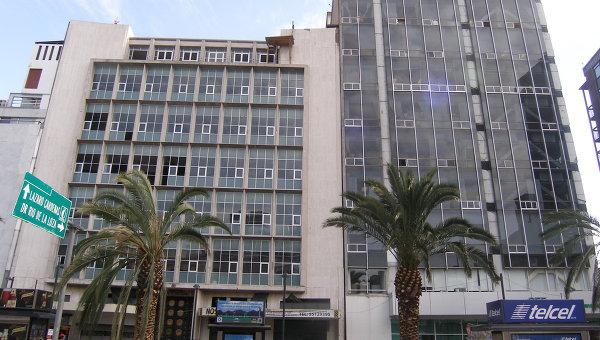 Пострадавшее при землетрясении в Мехико здание