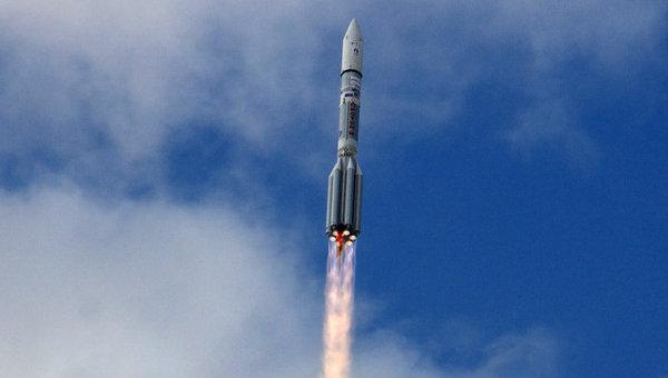 Пуск ракеты Протон-М со спутником Intelsat-22, архивное фото
