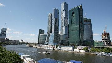 Комплекс зданий делового центра Москва-Сити.