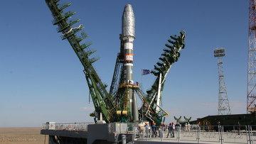 Ракета Союз-2.1а на стартовом комплексе Байконура. Архивное фото