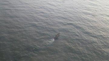 Поиск экипажа траулера в Охотском море