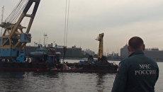 На месте происшествия: теплоход затонул в Неве и блэкаут в Индии
