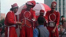 Шоу вшей: испанские циркачи привезли свой спектакль в Архангельск