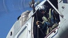 Эвакуация раненных и стрельба по мишеням. Кадры учений в Баренцевом море