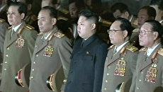 Северокорейское телевидение впервые показало дядю Ким Чен Ына, сына скончавшегося лидера КНДР, в генеральской форме