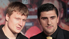 Александр Поветкин и Марко Хук (слева направо)