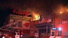 Огонь охватил торговый центр Мега под Пензой. Видео с места ЧП