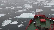 Ледокол Ямал в проливе Шокальского