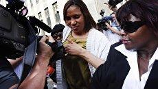 Горничная гостиницы Sofitel Нафисату Диалло после допроса в прокуратуре Нью-Йорка