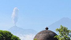 Вулкан Фуэго в Гватемале. Архивное фото