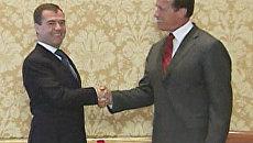 Медведев встретился в Сан-Франциско со Шварценеггером
