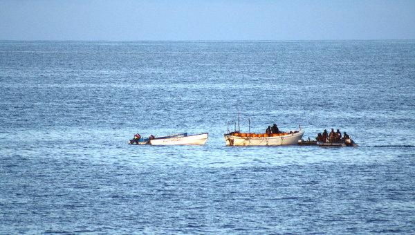 В Нигерии пираты атаковали танкер с российским экипажем.