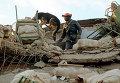 Спасательные работы на месте землетрясения в Ленинакане, Армения