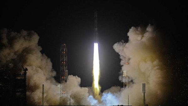 Пуск ракеты-носителя Протон-М с разгонным блоком Бриз-М