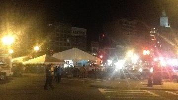 Вход в оцепленную зону взрывов в Бостоне