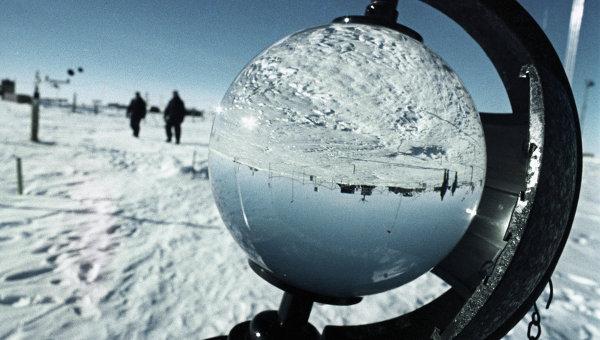 На советской антарктической научно-исследовательской станции Восток