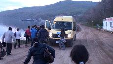 Жители островов Владивостока ищут новые пути на материк