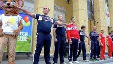 Утренняя зарядка с Александром Карелиным и олимпийцами в Новосибирске
