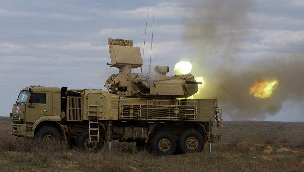 Работа пушечного модуля зенитно-ракетного комплекса Панцирь-С