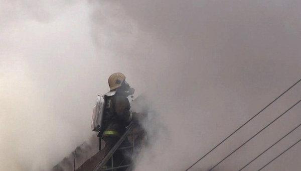 Работа пожарного. Архивное фото