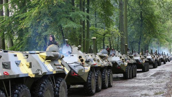 Прибытие белорусских десантников на учения Запад-2013