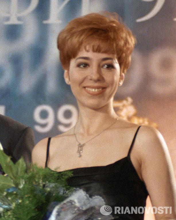 Марианна Максимовская на V Церемонии вручения Национальной телевизионной премии ТЭФИ-99