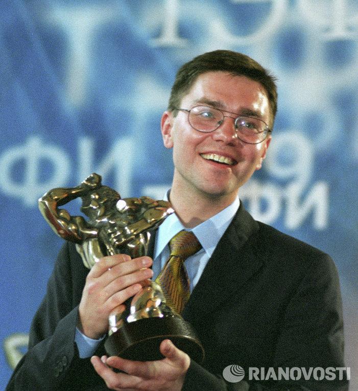 Репортер Евгений Ревенко на церемонии вручения Национальной телевизионной премии ТЭФИ-99