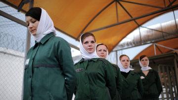 Заключенные женской колонии. Архивное фото