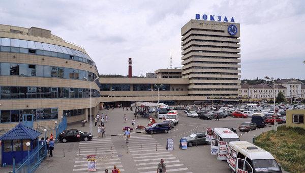 Здания главного железнодорожного вокзала в Ростове-на-Дону