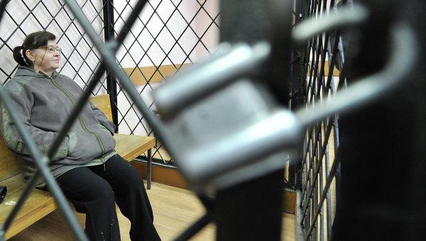 Суд приговорил Надежду Цапок к трем годам колонии и штрафу. Фото с места события