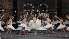 Сцена из балета Корсар Большого театра. Архивное фото