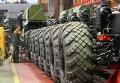 Работа Минского завода колесных тягачей