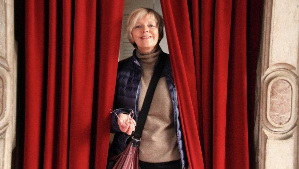 Писатель Елена Костюкович, архивное фото