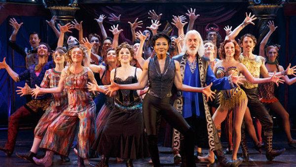 Бродвейский мюзикл. Архивное фото