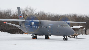 Самолет Ан-140-100. Архивное фото