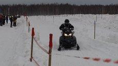Гонки на снегоходах прошли в Новосибирске