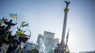 Палаточный лагерь оппозиции на площади Независимости в Киеве, архивное фото