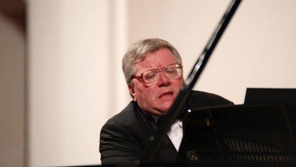 Пианист Игорь Урьяш. Архивное фото